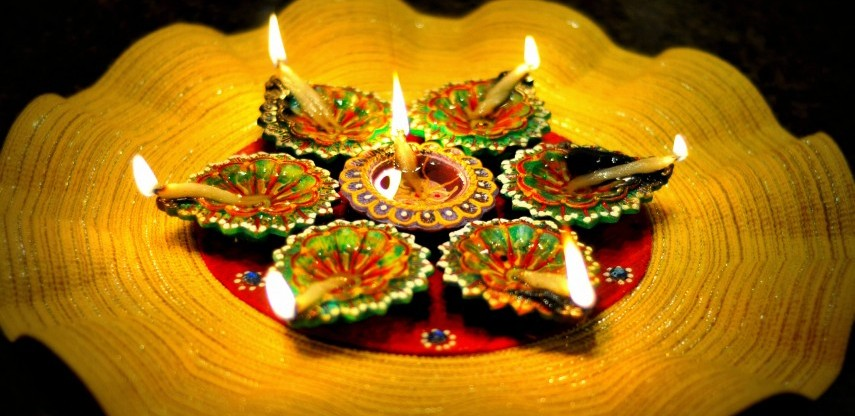 Home decor ideas to decorate your home to dazzle on this for Home decorations in diwali