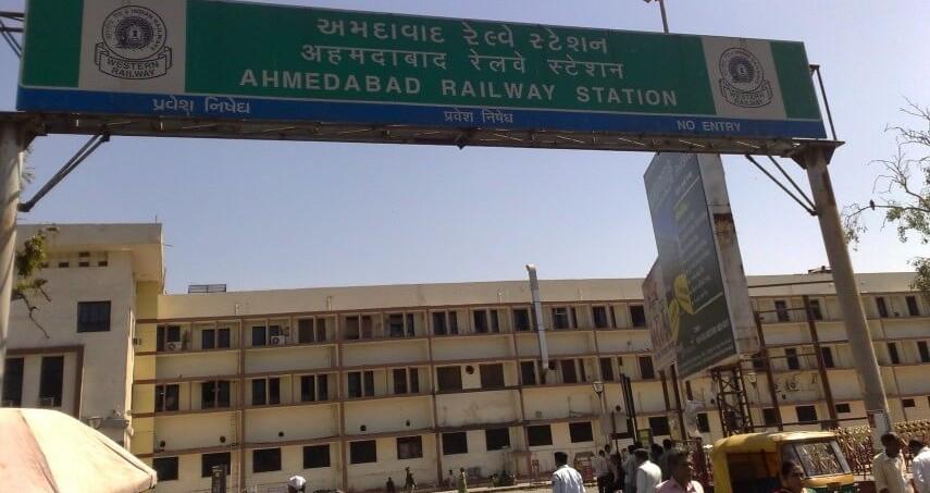#WeeklyNewsRoundUp: Ahmedabad-Gandhinagar Metro Project Clears Major Hurdle